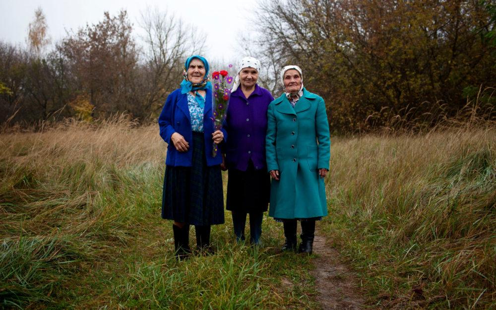 babushkas of chernobyl via nytimes